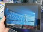 NECのペン付き高性能Windows 10タブが1.4万円と激安販売中