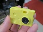 写真も動画も撮れるチーズ型のトイカメラが999円!