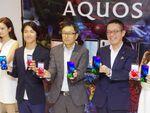 シャープが画面内指紋認証の「AQUOS zero2」など3スマホを発表