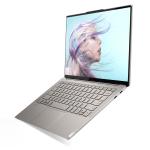 レノボ、エッジまで3Dガラスで覆われた4Kノートパソコン「Yoga S940」