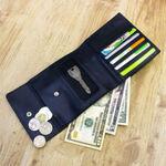 見たことない超便利な機能を搭載! イタリアンレザー小銭自動振り分け財布
