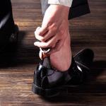 25%オフで5000円未満!革靴に便利なキーホルダー型の靴べら