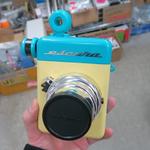 手動式のアナログなインスタントカメラ「Instant 60s」