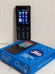 インドで本当に売れている、KaiOS搭載1000円ケータイ「JioPhone」は想像以上に実用的