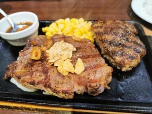 いきなり!ステーキでトップリブ&ハンバーグのコンボを堪能!