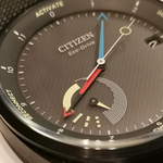 昔の上司から「CITIZEN Eco-Drive Riiiver」っていうスーパー腕時計をもらった