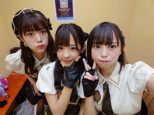 純情のアフィリア・寺坂ユミがXperiaで水着から新衣装まで撮り倒す!