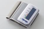 エレコム、スマホ対応「エクリア 血圧計」4モデル