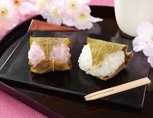 ローソン紅白の桜餅