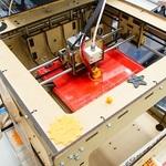 3Dプリンターが9万9800円 ビックカメラの店頭デモを見てきた