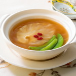 フカヒレがまるごと入った土鍋スープが754円で食べられる!:今週のゴチ