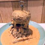 反則!肉を肉で挟んだ『うしごろバンビーナ』の圧巻ビーフ・バーガーを食べてきた