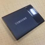 iPhone6より高い8万円台の1TBポータブルSSDが小さっ!速っ!