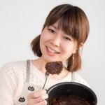 オタ女もバレンタインにチョコをあげたい!「本命を 贈る宛先 出版社」切実すぎる川柳