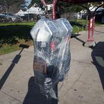 街中の柱、ゴミ箱にラップがぐるぐる これは何事だ? 世界最大エンタメの祭典開幕直前現地レポ:SXSW 2015