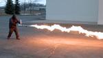 鬼のような炎を吐くポータブル火炎放射器『XM42』開発中 あら便利ね~って怖いよ!