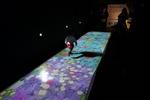 "Surface Pro 3でケンケンパ? ""チームラボ 踊る!アート展と、学ぶ!未来の遊園地""に新作登場"
