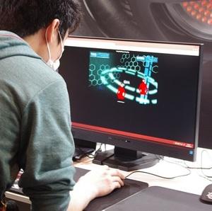 """AIM力を試すならココ!""""超FPS検定""""にチャレンジ『SteelSeriesブース』:超会議2015"""