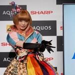 """シャープの""""AQUOS 4K""""ときゃりーぱみゅぱみゅの異色コラボが実現!"""