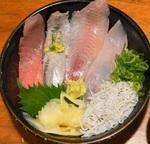 デカネタが乗った豪華海鮮丼ランチが1300円→540円に![東京ウォーカークーポン紀行]