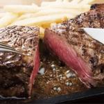 ビヤホール「銀座ライオン」で肉フェス開催!1ポンドステーキにかぶりつけ!