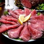 ローストビーフがひと皿500円!「ピッツェリア バール ナポリ」吉祥寺で夏季フェア