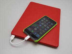 12インチMacBookにiPhoneを生で。USB-C to Lightningケーブル自作:週間リスキー