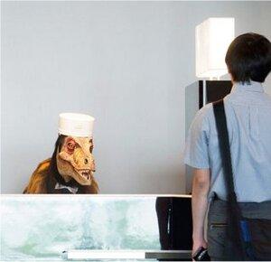 """Pepperは接客業で""""人間の代わり""""が務まるのか?"""