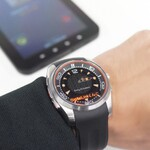 アナログ時計っぽいスマートウォッチ MBW-150:Xperiaヒストリー