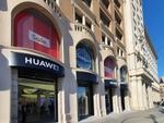 バルセロナにオープンしたファーウェイのフラッグシップ店を訪問