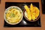 「丸亀製麺」が有楽町駅前に!ニュータイプの都心店舗は無料トッピングが充実