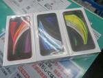 シャッター音がしない! アキバで第2世代iPhone SEの海外版が大人気