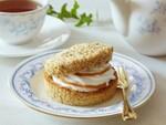 ファミマの「紅茶のシフォンサンド」がAfternoon Tea監修でリニューアル
