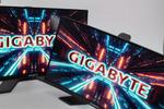 ゲーミング機能、手ごろな価格、使いやすさの3拍子が揃ったGIGABYETの最新27型液晶「G27QC/FC」