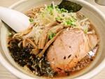 激戦区となった新宿で20年以上、名店から受け継がれた味 らーめん はな火屋(東京・新宿)