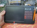 電卓が合体する計算しながらメモが取れる8.5型の電子メモ