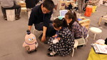 Hiraku Kids、家族型ロボット「LOVOT」を活用したプログラミング教室を開催