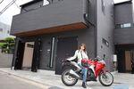 バイクと24時間生活できる! イマドキの趣味人向け賃貸のこだわりがスゴイ!