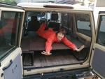 めっちゃ簡単! クルマ用ベッドをDIYで作ってひとりキャンプ!