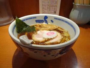 煮干しラーメンのパイオニアは初心者からマニアまで大満足できる たけちゃんにぼしらーめん(東京・調布)【ZATSUのオスス麺 in 武蔵野・多摩】第25回