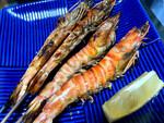 実は生産量日本一! 沖縄・久米島の濃厚で身の締まったクルマエビを食べまくる
