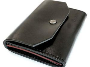 コンパクトながら小銭、カード、お札を収納できる万能財布が40%オフ