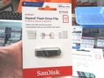 Lightning端子にそのまま挿せるSanDiskのUSBメモリー「iXpand Flash Drive Flip」が発売