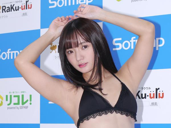 真夏の冬セーラーもある! 西永彩奈が可愛くてエッチな女子高生になった32th DVD