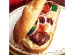 ドトール、冬のご褒美ミラノサンド「煮込みビーフとカマンベールチーズ」