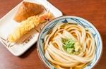 丸亀製麺、お得なランチセット復活!「かけうどん」+天ぷらなど2品で500円