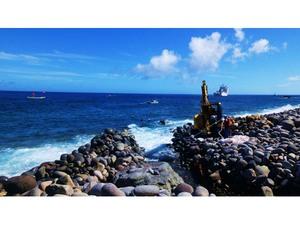 島しょ部をつなぐ海底光ケーブル「ループ回路完成」—東京都 戦略政策情報推進本部