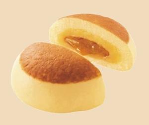 ファミマ×森永製菓「ホットケーキまん」