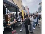 新宿西口駅前のスバルビル跡地にフードトラックがやってくる!