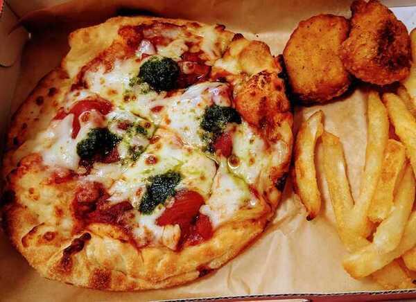 ピザハットのおひとり様向き「マイボックス」は一人暮らしに最高の贅沢でした